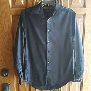 2/$30 Perry Ellis City Fit button down long sleeve